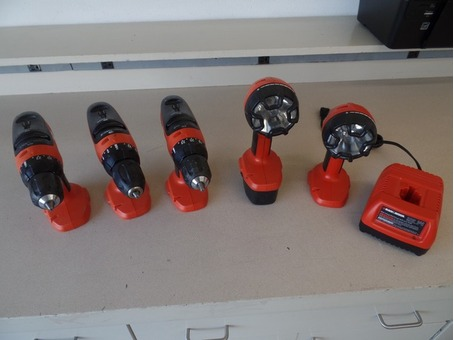 FREE BLACK AND DECKER BATTERY DRILL WITH ACCESSORIES