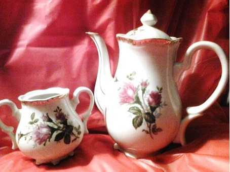Antique teapot & creamer