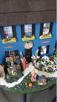 Collectables Dollhouses